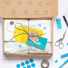 Pretty Packaging, Gift Box Packaging, Ecommerce Packaging, Brand Packaging, Clothing Packaging, Jewelry Packaging, Creative Gift Wrapping, Creative Gifts, Party In A Box
