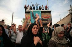 Mass demonstration in support of presidential candidate Mir-Hossein Mousavi / Photo HH Mahmoud Ahmadinejad, Presidential Candidates, Iran