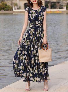 Shop Chic Color-blocked Print Maxi Dress at EZPOPSY. Estilo Fashion, Ideias Fashion, Beautiful Maxi Dresses, Casual Dresses, Summer Dresses, Chambray Dress, Western Dresses, Elegant Outfit, Retro Dress