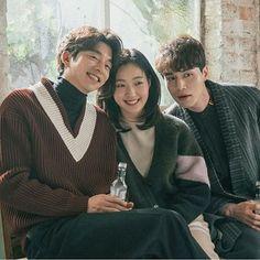 "1,206 Beğenme, 17 Yorum - Instagram'da Korean Dramas  (@mykdramatime): ""Gong Yoo & Kim Go Eun & Lee Dong Wook  - @ggonekim & @leedongwook_official ••• Drama: Goblin """