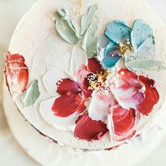 Textured Buttercream Painting Wedding Cakes ~ no need for a cake topper with this bold palette knife painting of flowers. I am in love with the idea of palette knife painting Pretty Cakes, Cute Cakes, Beautiful Cakes, Amazing Cakes, Buttercream Flowers, Buttercream Cake, Buttercream Decorating, Decoration Patisserie, Painted Wedding Cake