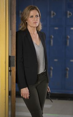 Fear the Walking Dead First Look Episode Photos | Madison (Kim Dickens)
