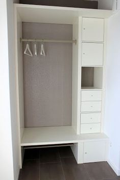 neue garderobe f r den flur bauanleitung zum selber bauen flur pinterest ikea hack mud. Black Bedroom Furniture Sets. Home Design Ideas