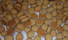 Peppernuts C. Butter C. granulated Sugar 1 egg C. sweet (or heavy) cream 2 Tbsp. oil of anise. Anise Cookies, Mini Cookies, Yummy Cookies, Christmas Goodies, Christmas Baking, Christmas Ideas, Christmas Recipes, Cookie Recipes, Cookies
