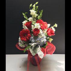 Fourth of July Floral Arrangement for Battle of the Blooms at Matlack Florist, Christine's Design #RedWhiteandBlue