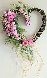 Pink Roses Grapevine Wreath