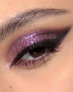 Purple Eye Makeup, Makeup Eye Looks, Eye Makeup Art, Smokey Eye Makeup, Eyeshadow Looks, Eyebrow Makeup, Eyeshadow Makeup, Face Makeup, Gold Eyeshadow