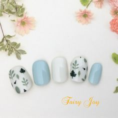 Blue and egg white nails with leaves on them Minimalist Nails, Trendy Nail Art, New Nail Art, Blue Nails, White Nails, Japanese Nails, Super Nails, Nagel Gel, Flower Nails