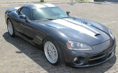 2006 Dodge Viper Click to find out more - http://newmusclecars.org/2006-dodge-viper/ COMMENT.