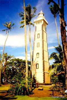 Lighthouse at Matavai Bay, Tahiti - Robert Louis Stevenson's father designed it France Travel, Germany Travel, Countries Around The World, Around The Worlds, Tahiti French Polynesia, Society Islands, Incline Village, Lighthouse Pictures, Agra