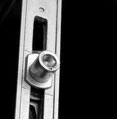 Ambassadeur voor de artikelgroep raam- en deurtechniek, met daarin de subgroepen houten deuren, houten ramen, kunststof deuren, etc van oa de merken Roto, Siegenia en G.U.
