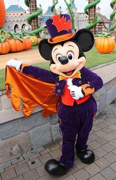 Mickey Mouse Halloween Costume Disneyland Paris