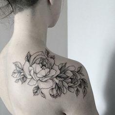 #тату #татуцветы #татуировка #tattoo #tatrussia #tattoo2me #tattooart #tattoopins #tattoogirls #tattooartist #tattoomoscow #tattooinrussia #graphictattoo #wowtattoo #peonytattoo #birdtattoo #ink #flowers #flowertattoo #tattsketches #tattoodesign #russiantattooers #blacktattoo #blxckink #moscowtattoo #Equilattera #tattooselection #inkspiretattoos #rosetattoo #thinkbeforeuink
