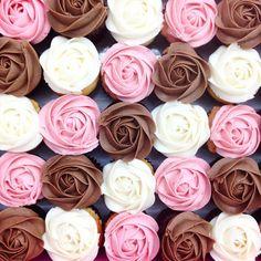 kelsey elizabeth cakes - Beautiful Neapolitan Rose Cupcakes! #kelseyelizabethcakes