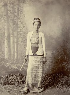 Burmese Lady - Full Length Studio Portrait 1890's  By Felice Beato