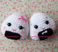 FREE Onigiri Couple Amigurumi Crochet pattern by HandmadeKitty  Free Pattern: http://handmadekittyblog.blogspot.com/2010/04/onigiri-couple-amigurumi-crochet.html  May 2013 #TheCrochetLounge #Sushi Pick