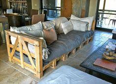 Canapé en palettes Encore une bonne idée... Vive la récup....