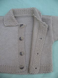 Diy Crafts - Ravelry: Irresisitible Dots Infant Set - Cardigan pattern by Jean Guirguis Baby Boy Knitting Patterns, Knitting For Kids, Baby Patterns, Knit Baby Sweaters, Knitted Baby Clothes, Cardigan Pattern, Baby Cardigan, Brei Baby, Creation Couture