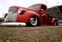 Love the look of this truck, hate how it is dropped low