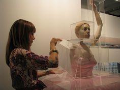 "Mônica Piloni ""Bailarina"" Ybakatu - SP Arte 2008 | Flickr: Intercambio de fotos"