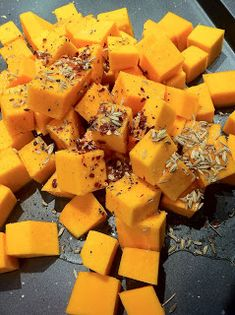 Maude and Betty: Roasted pumpkin and feta risoni salad - Donna Hay risonirecipes Noodle Recipes, Pasta Recipes, Salad Recipes, Risoni Recipes, Risoni Salad, Vegetarian Recipes, Healthy Recipes, Healthy Food, Christmas Party Food
