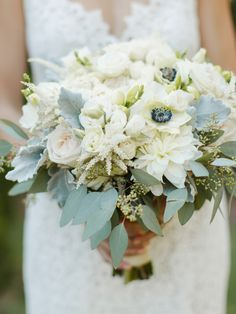 Photography : Rachel May Photography Read More on SMP: http://www.stylemepretty.com/virginia-weddings/charlottesville/2016/01/21/traditional-meets-rustic-verulam-farm-wedding/