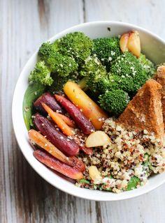 Vegan Quinoa & Spicy Tofu Bowl // apolloandluna.com