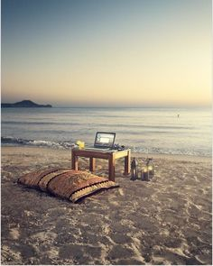 Working anywhere, anyplace, anytime. That's NWOW! www.cutesolutions.be