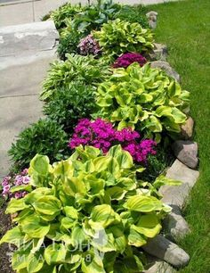 Rock Landscaping Ideas Backyard that Work These easy landscaping ideas make your garden easier to care for by using low maintenance landscaping .These easy landscaping ideas make your garden easier to care for by using low maintenance landscaping . Garden Design, Front Yard Landscaping Design, Landscaping Tips, Outdoor Gardens, Landscaping With Rocks, Garden Planning, Landscape, Backyard