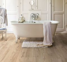 The BRAND NEW Quick-Step Impressive range lives up to it's name and introduces an innovation of technology with a unique hydroseal water-repellent coating on the bevels of the plank, ensuring the water simply remains as droplets until the moisture can be wiped away. From only £14.99 per square metre! http://creativeflooring.co.uk/products/product_list/quick-step/quickstep-impressive