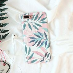 White Floral Leaf iPhone Case - iPhone XR