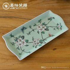 Resultado de imagem para bandejas de ceramica Pottery Painting, Ceramic Painting, Cake Tray, Fruit Plate, Ceramic Decor, Hand Painted Ceramics, China Porcelain, Decoupage, Tea Cups