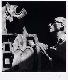 Lucien Hervé - Le Corbusier et son Totem, 1951
