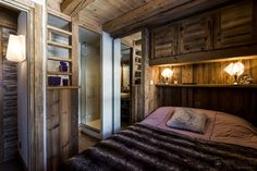 Authentic Alpine-style ski in chalet