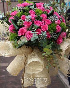 """201 Likes, 3 Comments - Gardencity Flowers İstanbul (@gardencityflowers) on Instagram: """"En Değerlilerimiz Annelerimiz için 8 Mayıs Anneler Gününde En Özel Çiçekler Gardencity Flowers'da…"""""""