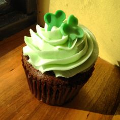 Bailey's Irish Cream filled chocolate cupcake with vanilla buttercream frosting #cupcakes #HudsonValley #catering #togo #takeout