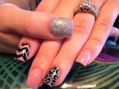 I don't even like leopard, but this is really cute!!