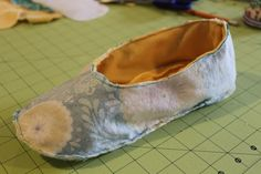 Homemade slippers, what could be cozier? After all, The Season of Cozy is upon us. These are non-slip slippers and they have a super comfy minky lining. I'll tell you all about how to make th…
