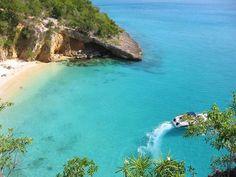 Which Anguilla Beach Are You?  I am Little Bay!