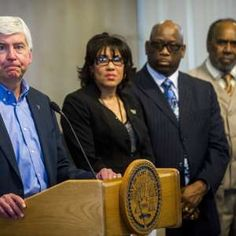 Michigan governor will release his emails related to Flint's water crisis  http://a.msn.com/r/2/BBoserd