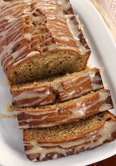 Caramelized Banana Bread with Brown Butter Glaze is a delicious quick bread full of big flavor!I did not use this banana bread recipe but, I did make the Brown Butter Glaze. I will make this glaze again. Best Banana Bread, Top Banana, Caramelized Bananas, Hazelnut Cake, Butter Recipe, Glaze Recipe, Brown Butter, Brown Sugar, Banana Bread Recipes