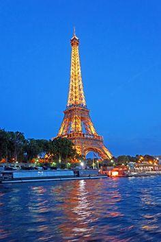 Eiffel Tower - Paris - France (von archer10 (Dennis))