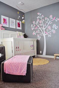 Décoration pour la chambre de bébé fille | Arbre sur le mur ...