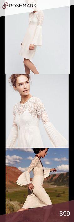 NWT Floreat Ivory Serena Bell Sleeve Dress NWT, Adorable Anthropologie Serena bell sleeve dress with built in slip. Size Medium Anthropologie Dresses
