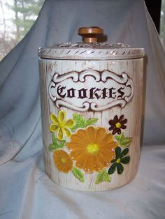 Flower Cookie Jar made in USA by Treasure Craft