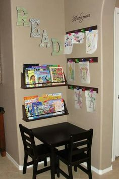 LOVE, LOVE, LOVE this idea of a kid's corner - perfect for dining room or playroom Deco Kids, Kids Play Area, Play Areas, Toy Rooms, Kids Rooms, Kids Corner, Corner Table, Craft Corner, Toy Corner