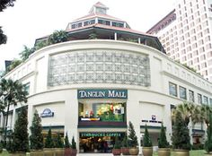 Located at the junction of Tanglin Road & Grange Road, Tanglin mall is a one-stop lifestyle mall that has several boutiques, specialty shops and restaurants. On the first and third Saturday of every month, a baazar will held at Tanglin Mall where you can find vendors selling antiques, collectibles, retro clothes and old toys. Taxi: 7 minutes from RP; Walk: About 16 minutes from RP