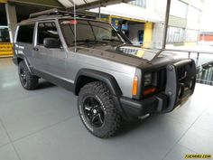 Simple and Clean Xj Jeep Cherokee