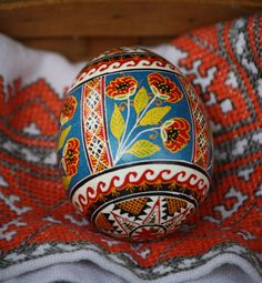 The Poppie Flower.   Pysanka.  Ukrainian Art Form.  Pysanky Eggs.