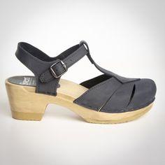 c739cfb7818aed Diamond Strap Clogs - Closed Toe - Mid Heel - Style   141-23 New